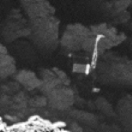 1567215425930-ESA_Rosetta_OSIRIS_Philae_zoom_interpolated.png