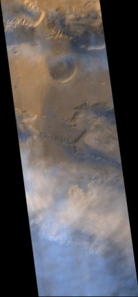MGS image of dust over Valles Marineris.