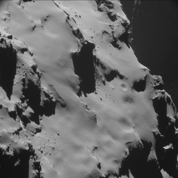 ESA Science & Technology: Comet 67P/C-G on 28 October 2014 ...