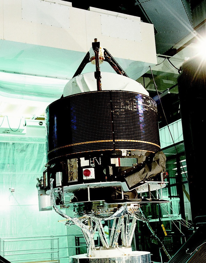 giotto spacecraft - photo #7