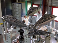 Assembly of the mirror segments. Credit: ESA/EADS Astrium/Boostec. Copyright 2004 ESA.