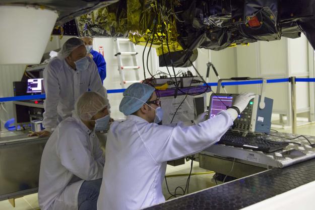 Lancement Proton-M / ExoMars 2016 - 14 mars 2016 - Page 3 ExoMars_FREND_Baikonur_160111-LC-AIT-02px_625w