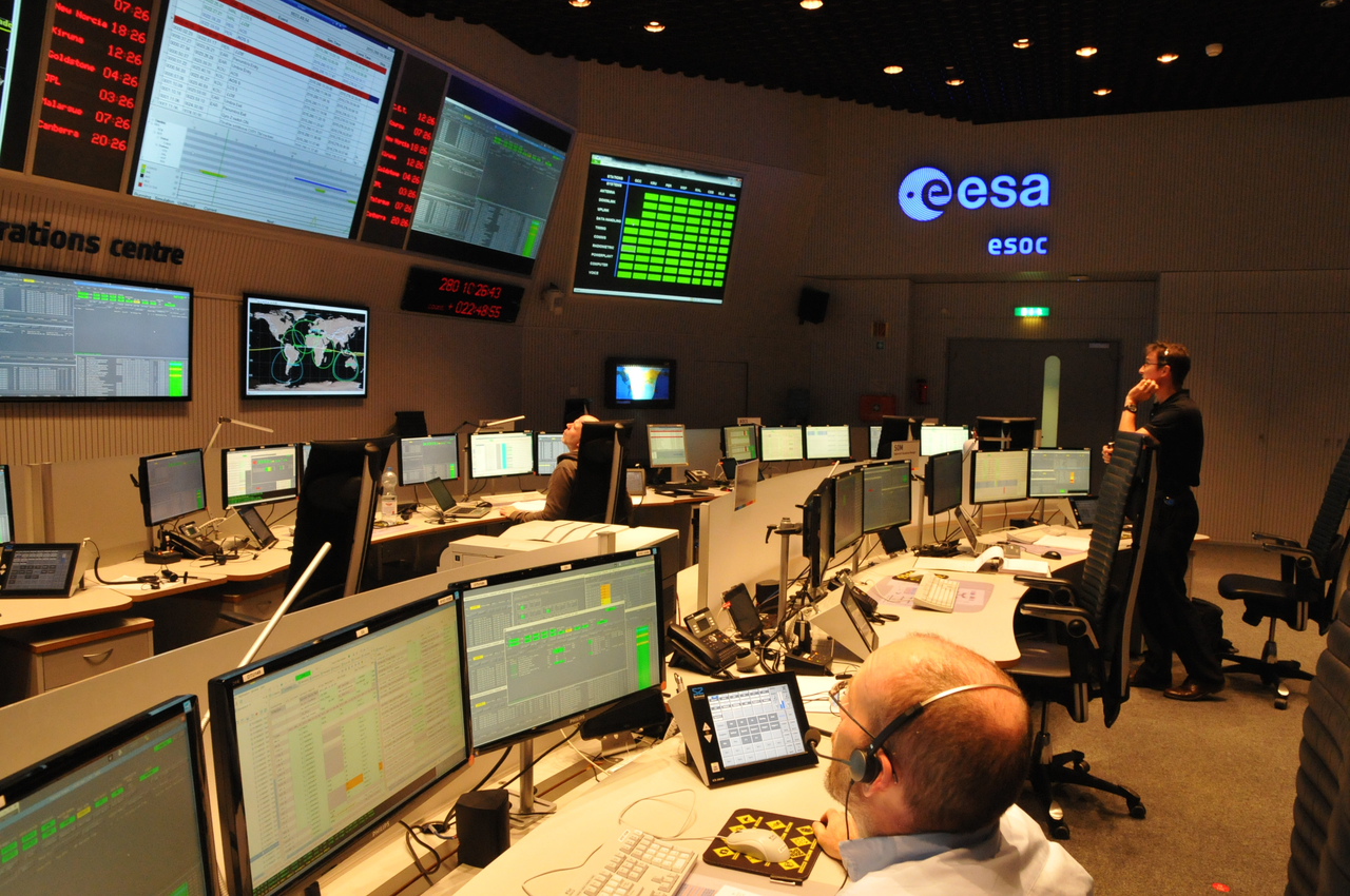 ESA Science & Technology: LISA Pathfinder training