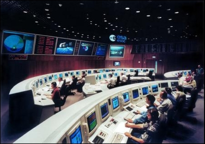 ESA Science & Technology: The Main Control Room for Cluster at ESOC